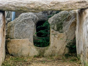 5. Dolmen in the North (5)-16